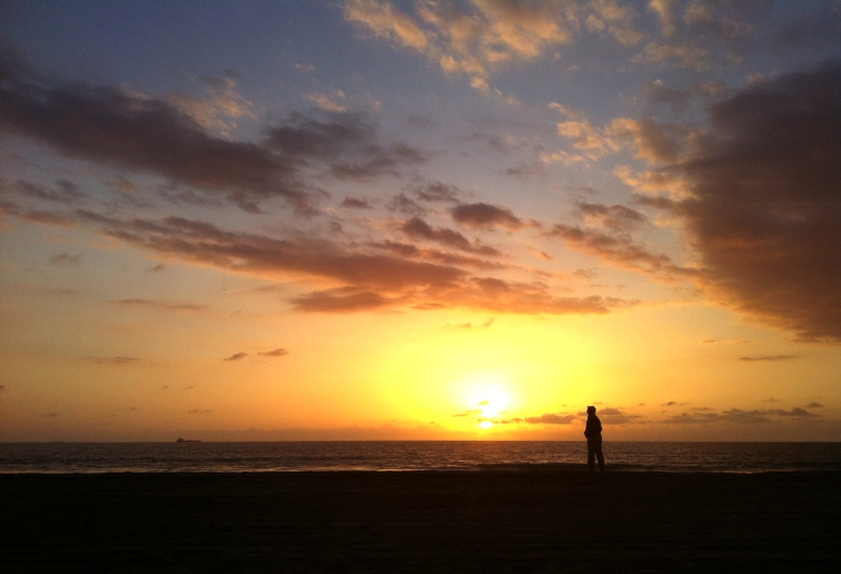 dad-sunset-dockweiler-beach