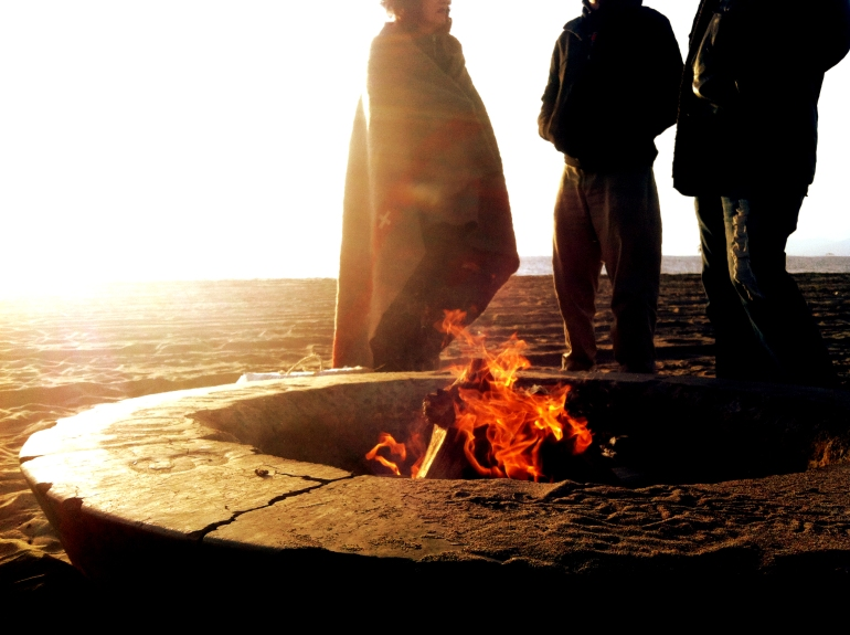 mom-dad-ervin-firepit-dockweiler-beach