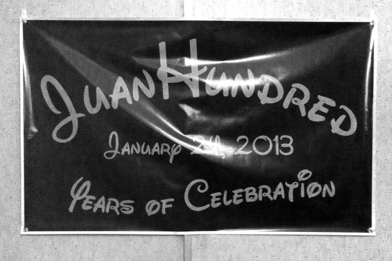 juan-hundred-birthday-sign