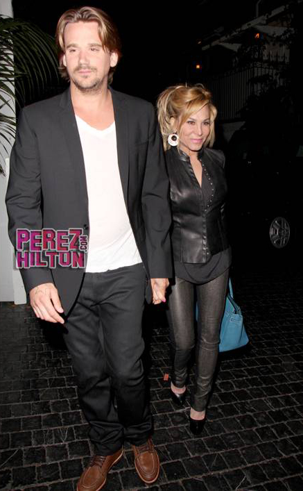 adrienne-maloof-sean-stewart-black-leather-date__oPt