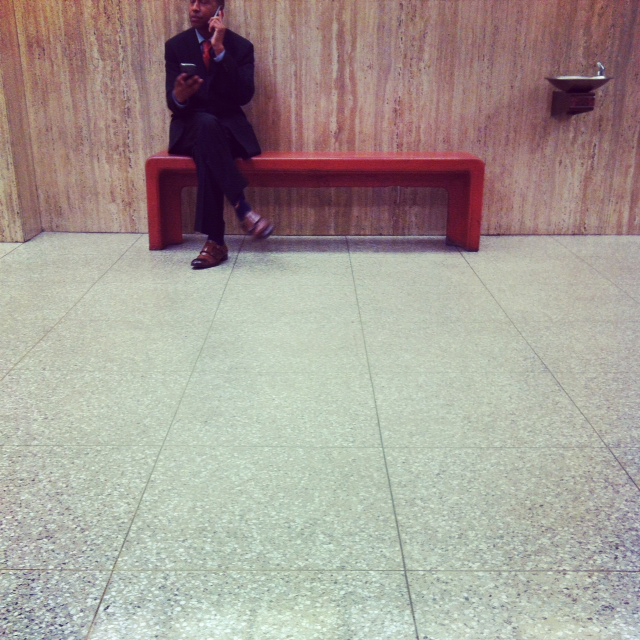 guy-in-the-hall-county-court-la